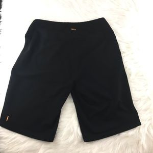 Lucy Power Max Yoga Black Shorts Sz S